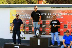 podium2_ele